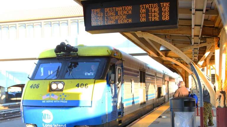 Limited service returns to Long Beach LIRR branch