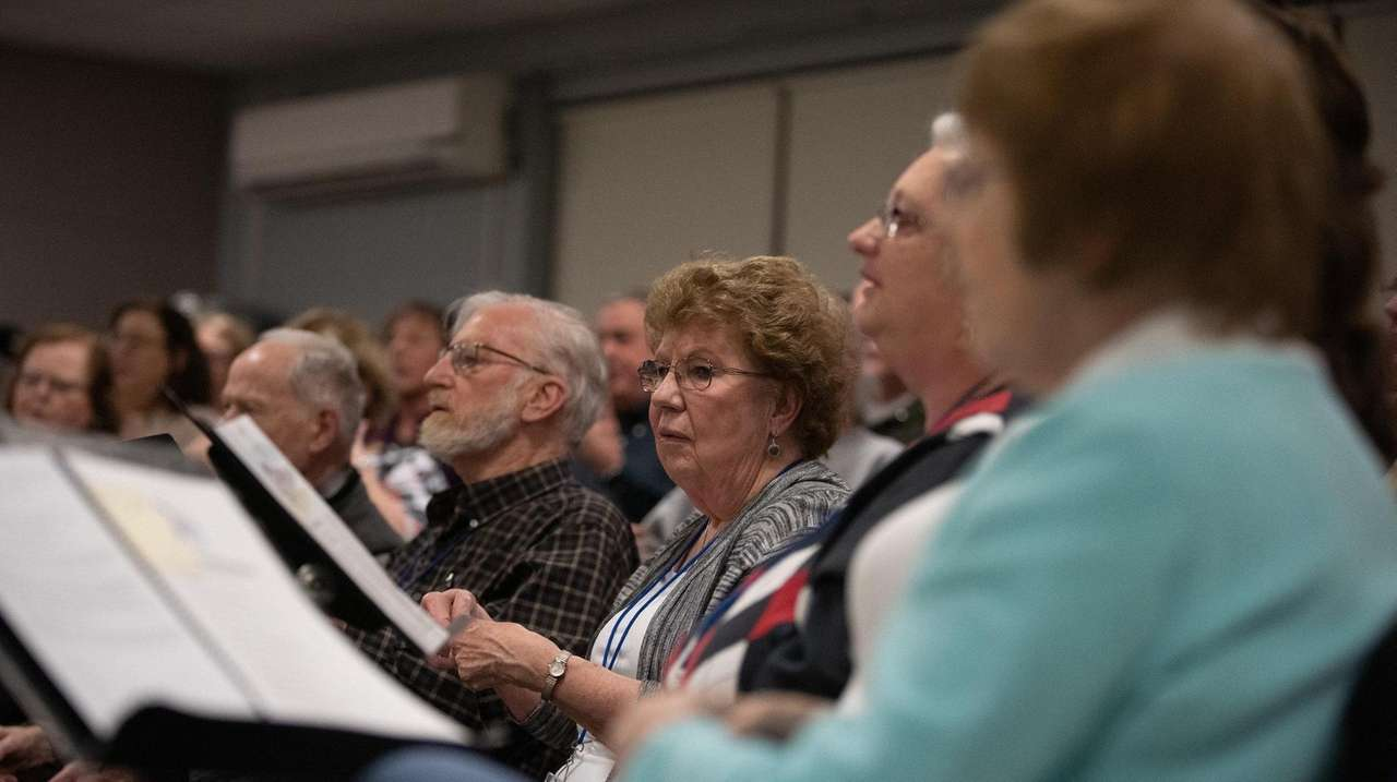 As the Babylon Chorale celebrates its 70th anniversary,