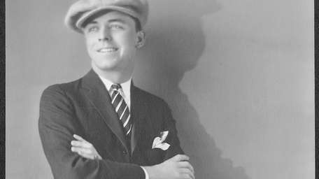 Lyle Talbot as a young actor. Talbot is