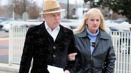 Mari Gilbert, mother of Shannan Gilbert, arrives at