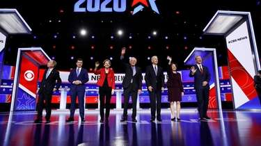 From left, Democratic presidential candidates, former New York