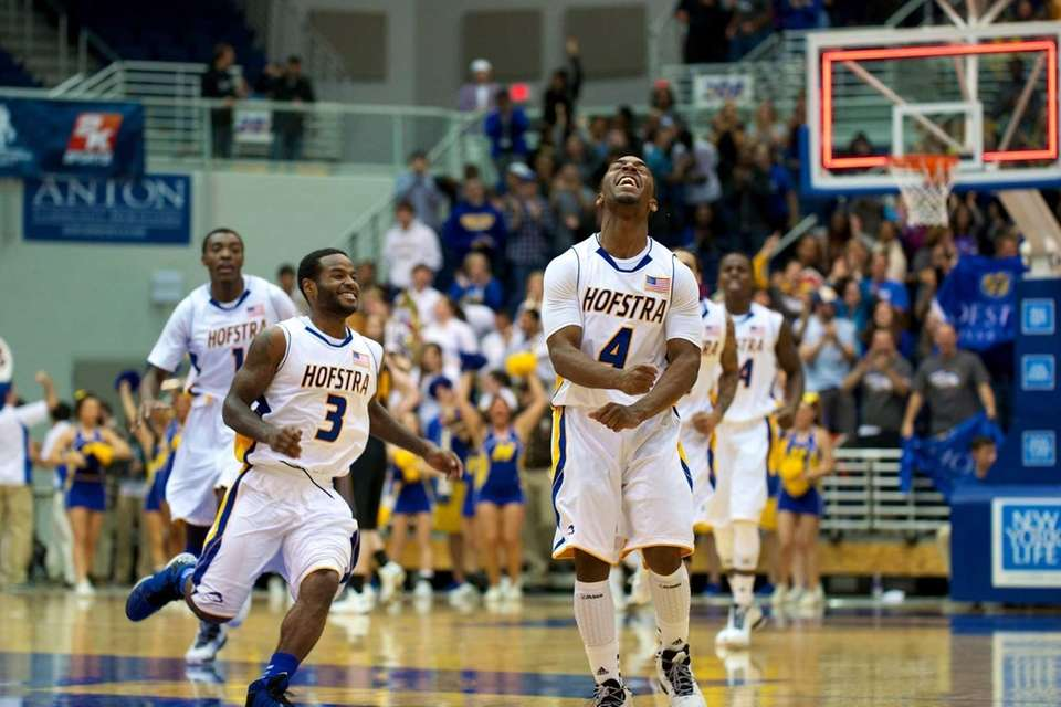 Hofstra guard Shaquille Stokes (4) celebrates after making