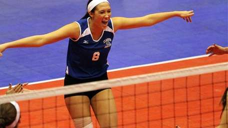 Glenn's Jacklyn Malusa celebrates an early point during
