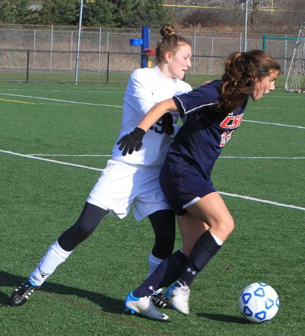 Cold Spring Harbor's Teressa Fazio runs the ball