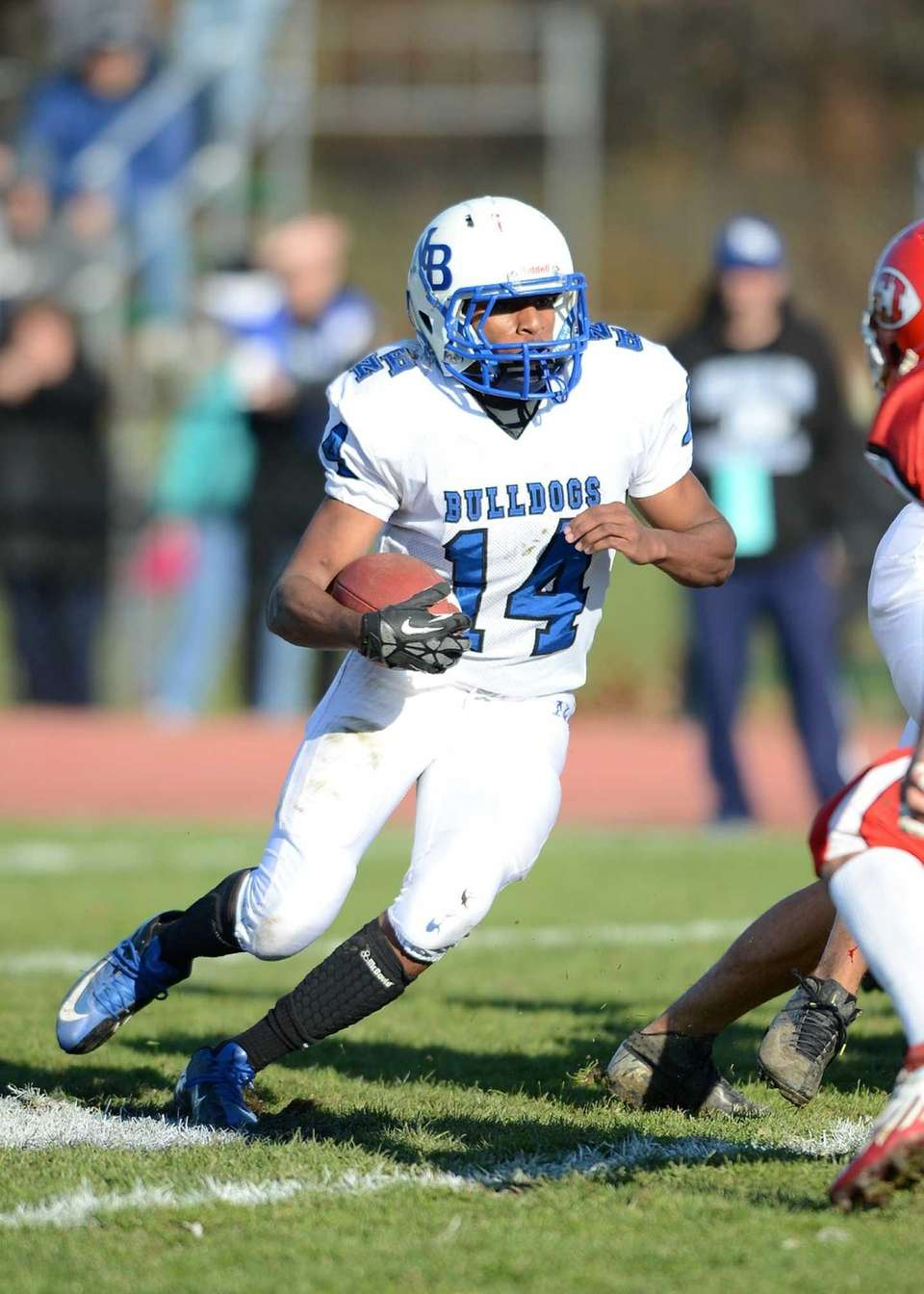 North Babylon's Melijah Pervis makes a cut to