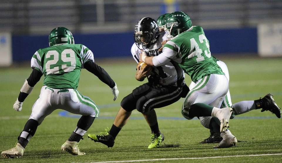 Seaford's Austin Quiroz sacks Valley Stream North's quarterback