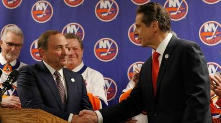 NHL commissioner Gary Bettman and governor Andrew Cuomo