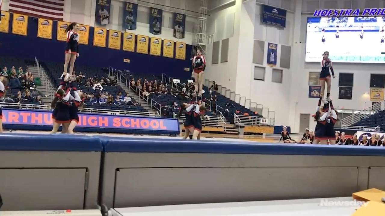 MacArthur's cheerleading team wins the Nassau Division I