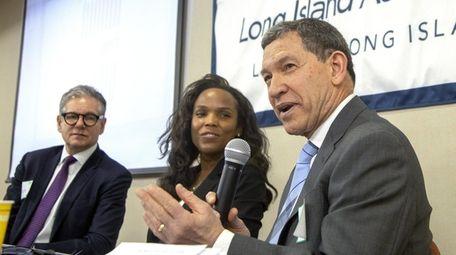 From left, Gary Rosen of Marcum LLP, Margo