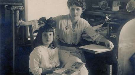 Suffrage leader Edna Buckman Kearns with her daughter
