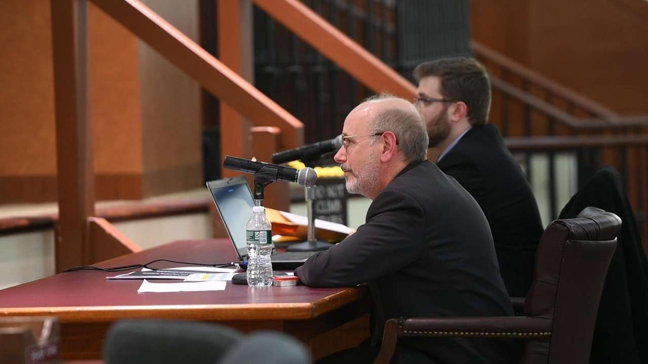 Newsday's Scott Eidler speaks about the Republican-held hearing on the