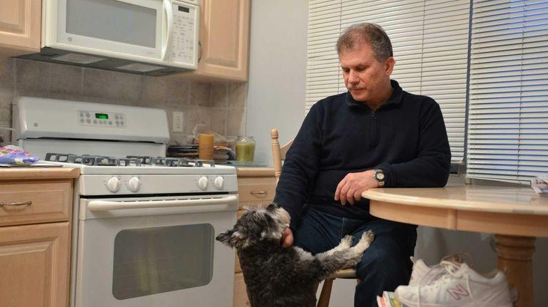Oakdale resident Alan Streisfeld, 58, has been searching