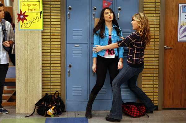 Miranda Cosgrove, left, as