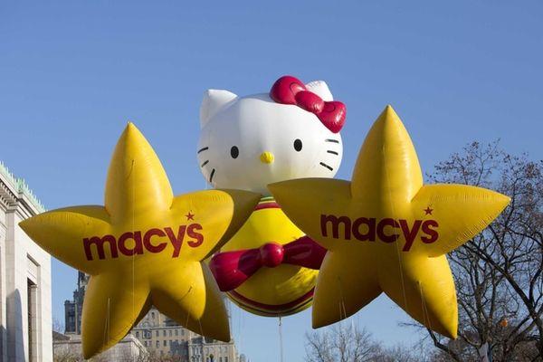 The 'Hello Kitty' balloon makes its way along
