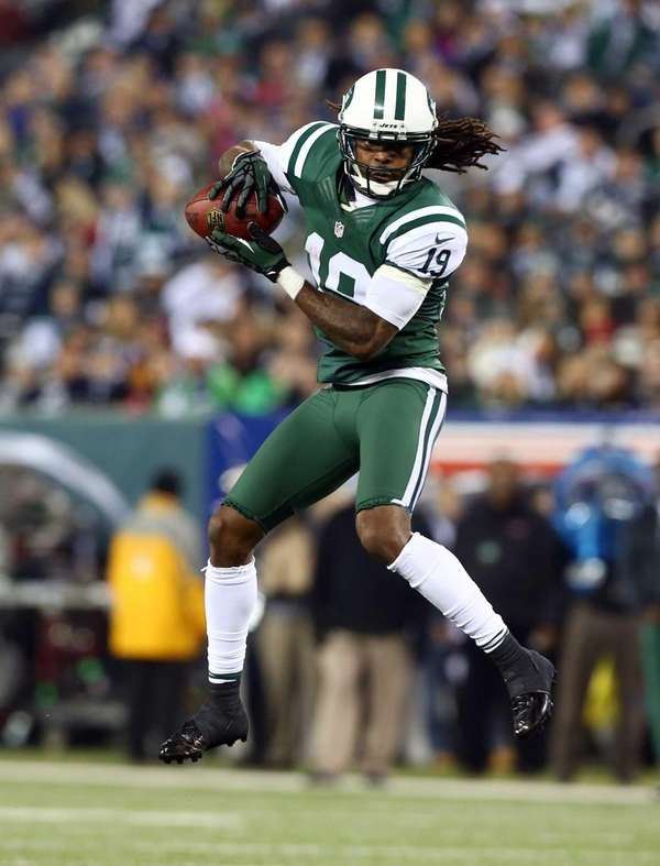 Clyde Gates of the New York Jets makes