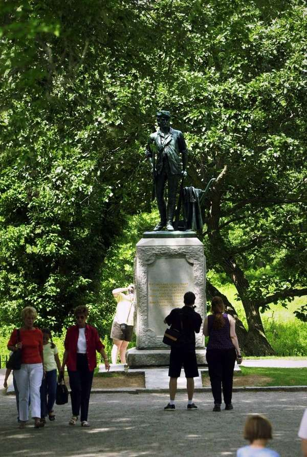 "The statue that commemorates Ralph Waldo Emerson's ""Shot"