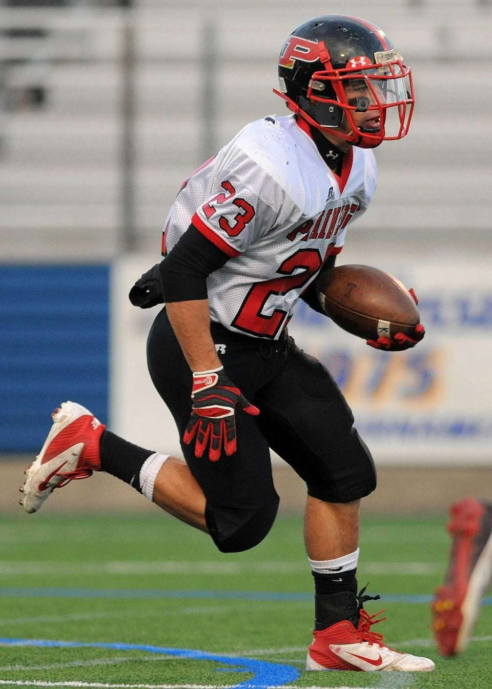 Plainedge's Gianfranco Soriente returns the opening kickoff in