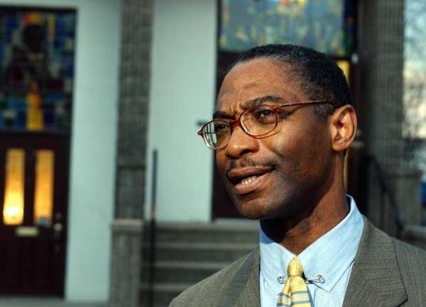 Rev. Elliot Hobbs of St. Paul AME Church