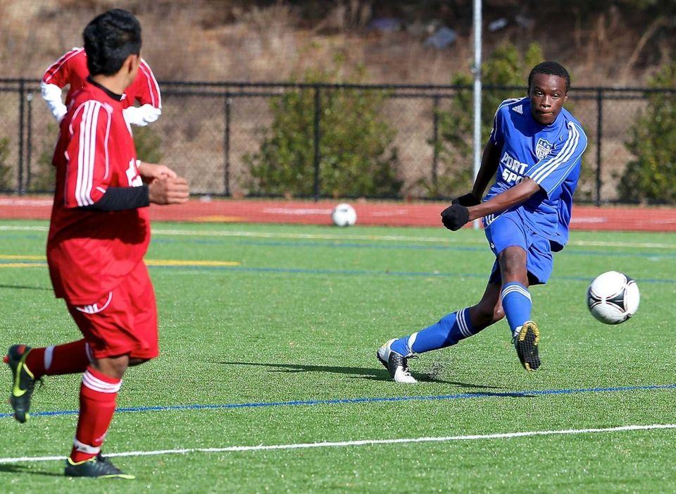 Nassau All-Star Benjamin Alonge sends a pass through