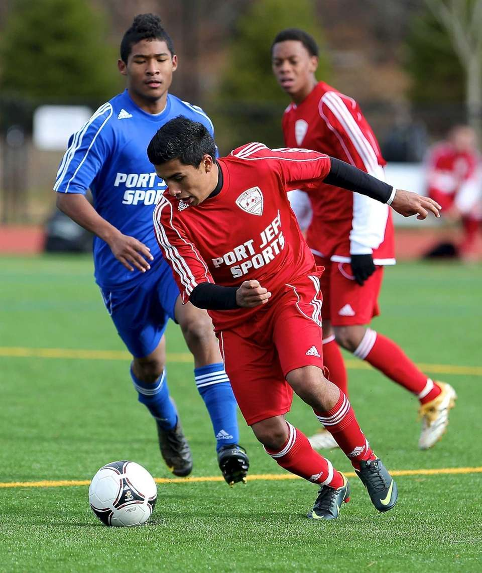 Suffolk All-Star Carlos Menjivar moves the ball in