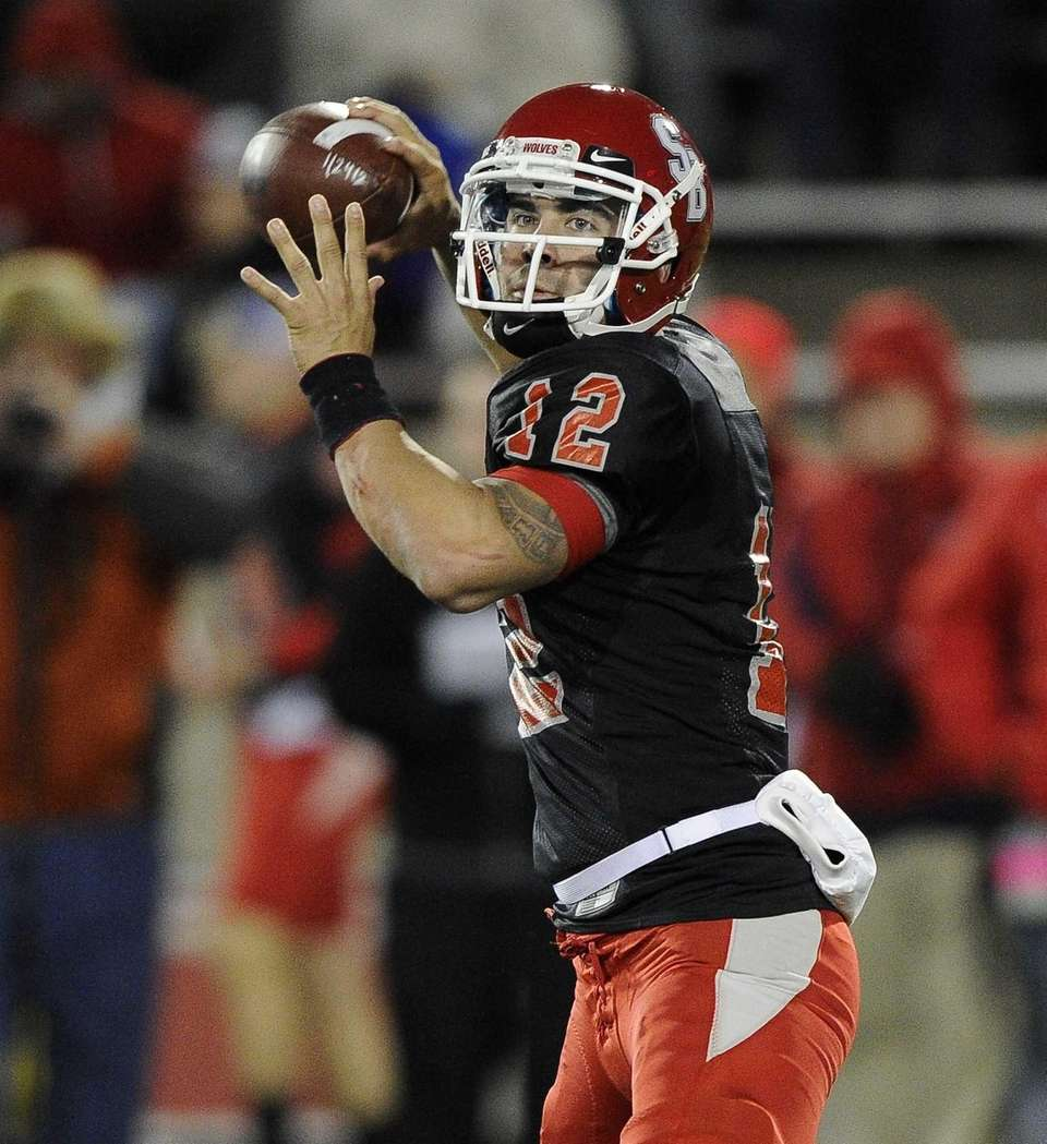 Stony Brook quarterback Lyle Negron passes the ball