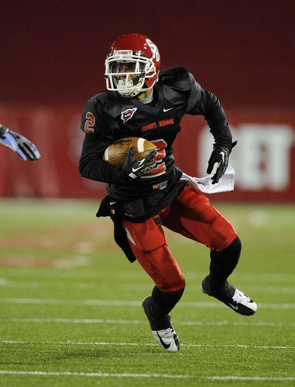 Stony Brook's Davonte Anderson made a fourth-quarter interception