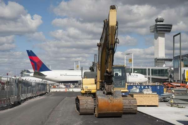 Delta extends its B concourse in Terminal 4