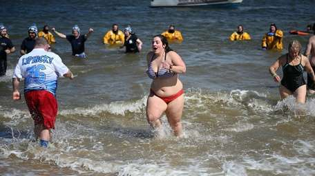 People plunged into the freezing waters of Hempstead
