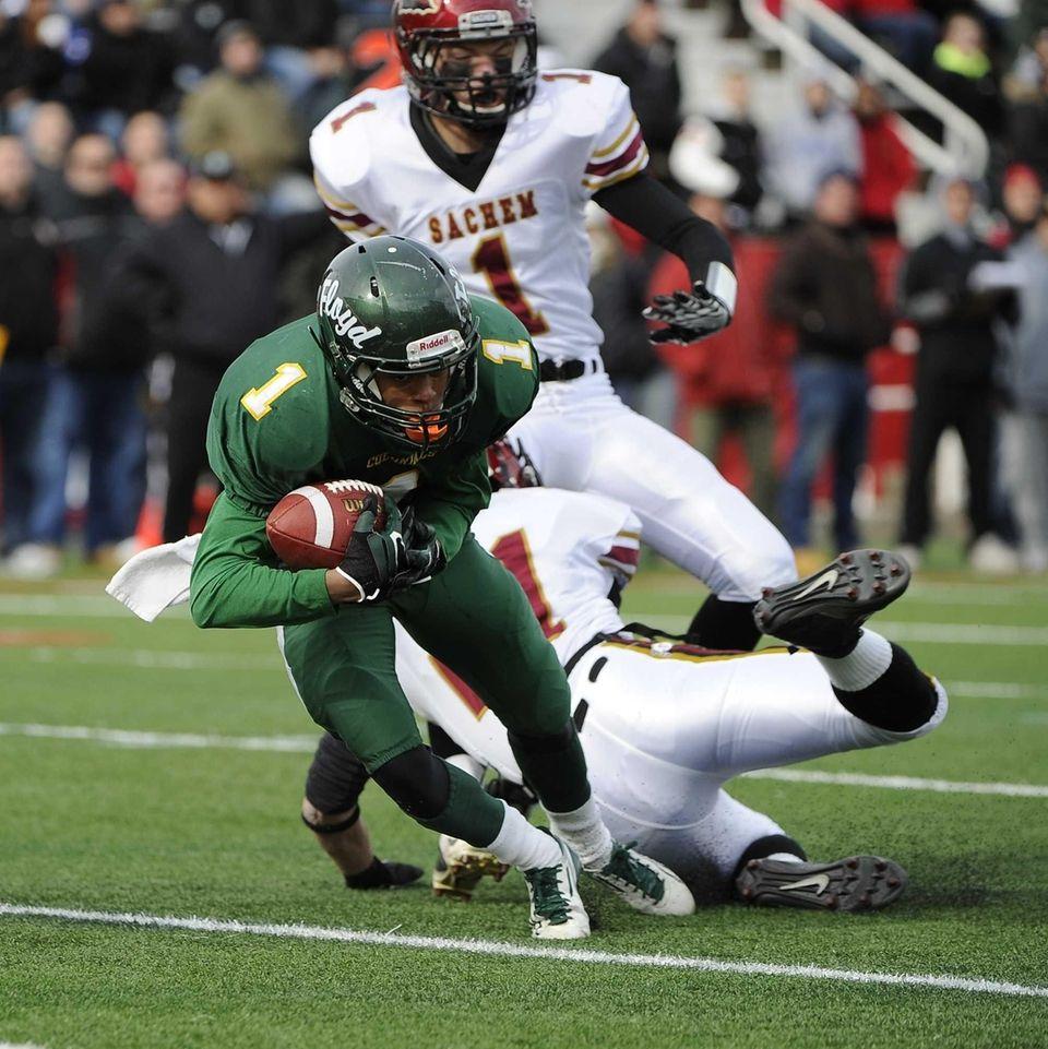 Floyd's Vantrell Nash catches a 19-yard touchdown pass