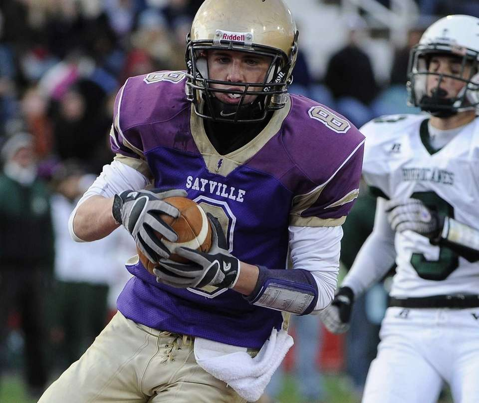 Sayville's Matthew Starr rushes for a second-quarter touchdown