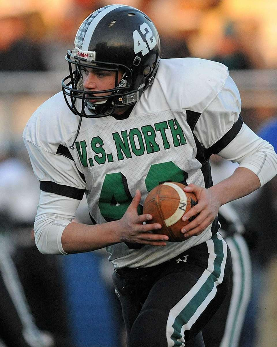 Valley Stream North running back James Capoziello rushes