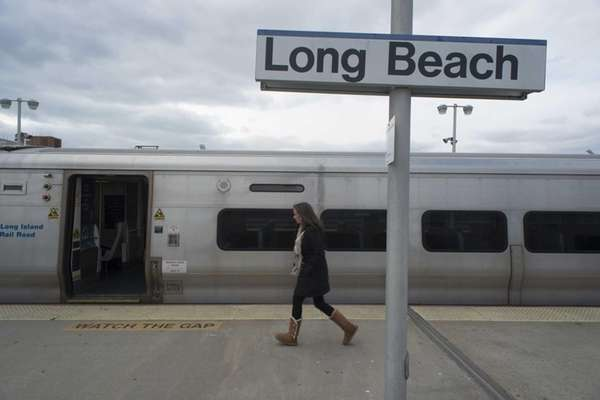 Full service resumes on the Long Island Rail