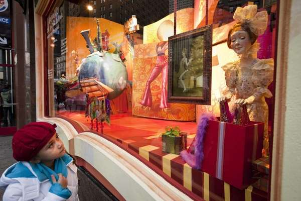 NYC holiday windows alight in 2012 | Newsday