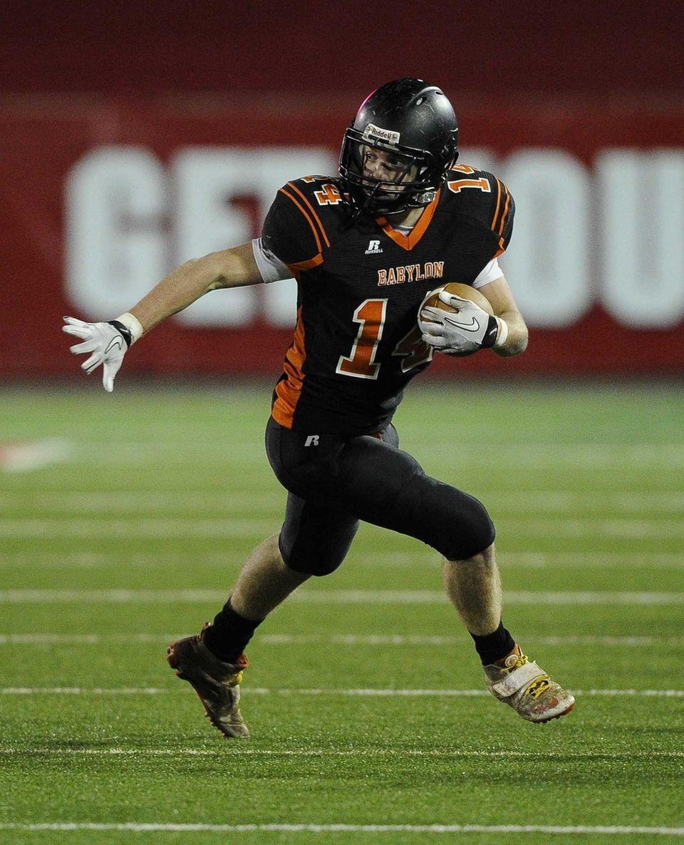 Babylon's Jake Carlock ran for a 53-yard touchdown