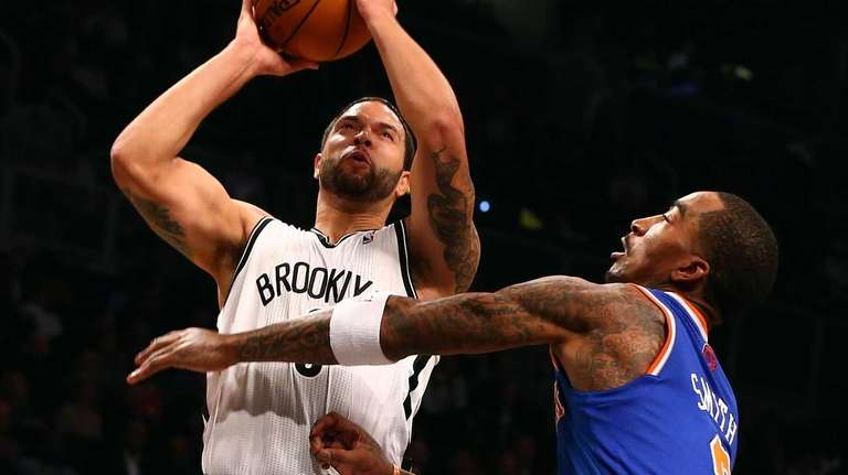 Deron Williams of the Brooklyn Nets takes a
