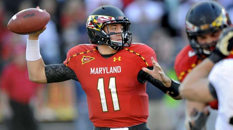 Maryland quarterback Perry Hills looks to pass during