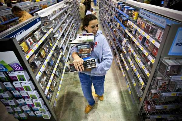 Shoppers opening the retail holiday season included Tonya
