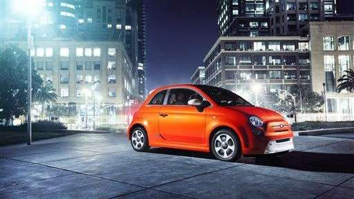 The 2013 Fiat 500e mini-car, which will be
