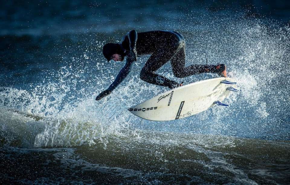 Surfers getting their grove on riding 5-6 foot