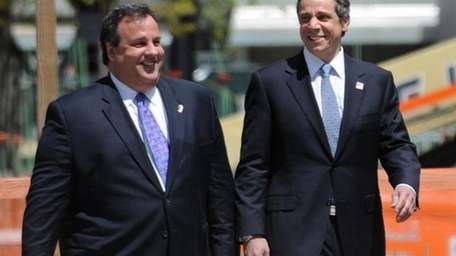 New Jersey Gov. Chris Christie and New York