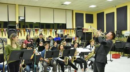 In Greenlawn, Harborfields High School's jazz band welcomed