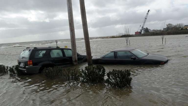 Superstorm Sandy has given car shoppers another 230,000