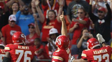 Kansas City Chiefs quarterback Brady Quinn (9) gestures
