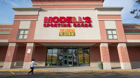 Modell's Sporting Goods closed its Riverhead location in