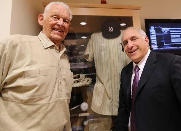 Former Yankees pitcher Don Larsen, left, and Brandon
