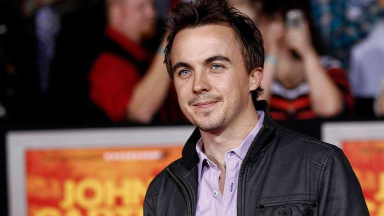 Frankie Muniz arrives at the premiere of