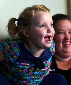 "TLC's ""Here Comes Honey Boo Boo"" follows 7-year-old"