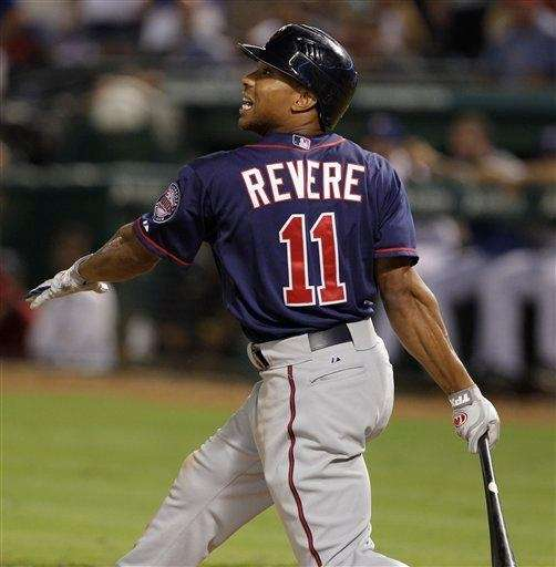 Minnesota Twins outfielder Ben Revere flies out in