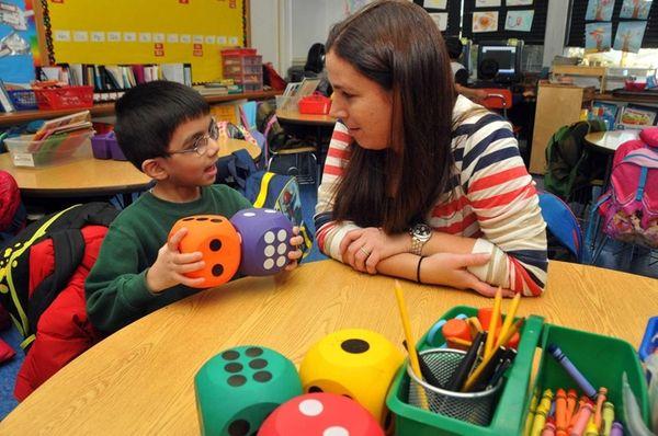 Allison Yablon, a kindergarten teacher at Cantiauge Elementary
