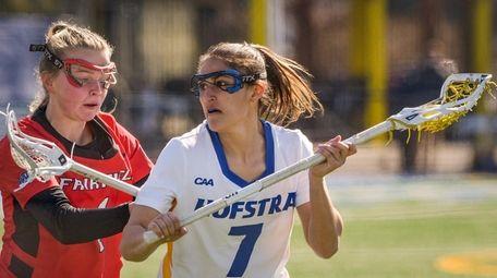 Alyssa Parrella of Hofstra stays calm despite pressure